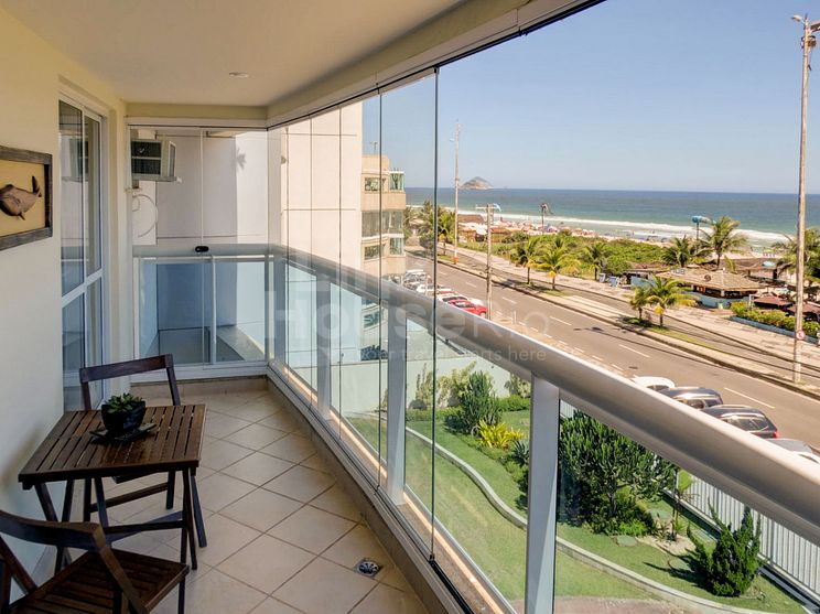 AMAZING APARTMENT BEACHFRONT 3-BDR B1-0021
