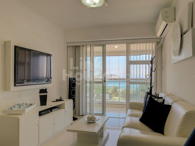 FRONT BEACH FLAT BOUTIQUE  2-SUITES B11-003